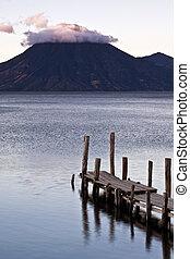 Lago Attilan in Panajachel, Guatemala
