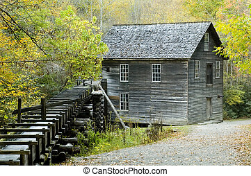 Mingus Mill Smoky Mountains - Mingus Mill in Smoky Mountains...
