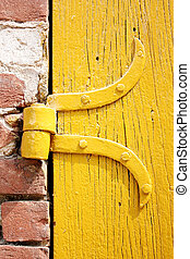 door hinge - the yellow door hinge