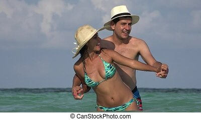 People Having Fun On Vacation Married Or Dating
