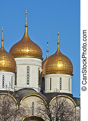 Golden domes of Orthodox churches of the Moscow Kremlin.