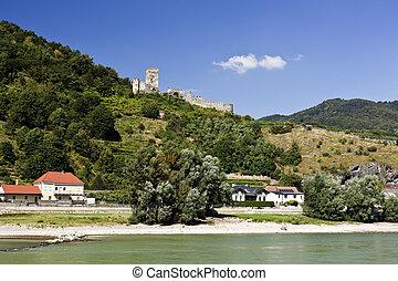 Hinterhaus Castle Ruin - Ruin of the Hinterhaus Castle seen...