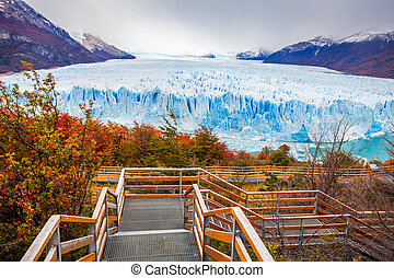 The Perito Moreno Glacier - Tourist route near the Perito...
