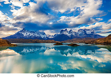 Torres del Paine Park - The Torres del Paine National Park...