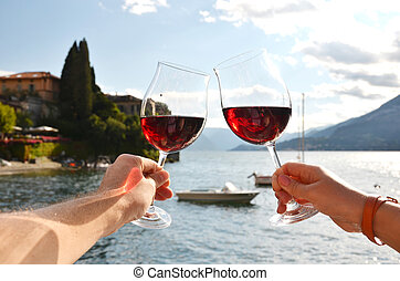 copas, en, el, Manos, contra, lago, como, Italia