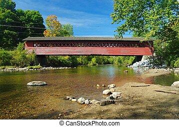 Burt Henry Covered Bridge in Bennington, VT. - Burt Henry...