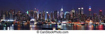 New York City skyline panorama - New York City Manhattan...