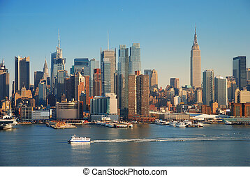 NEW YORK CITY WITH EMPIRE STATE BUILDING - New York City...