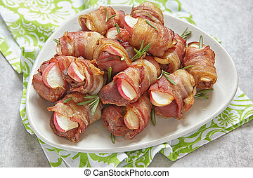 Bacon wrapped turkey and apple - Bacon wrapped turkey or...