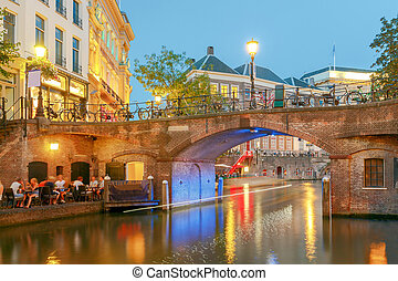 Utrecht. The city's main channel. - Oudegracht canal in...