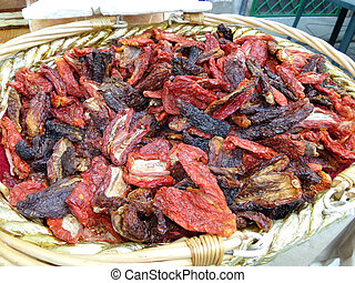 Dried Tomato - Basket with dried tomato for sale in the...