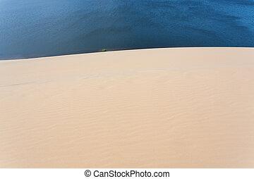 white sand dune desert in Mui Ne, Vietnam - white sand dune...