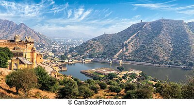 View of Amer (Amber) fort and Maota lake, Rajasthan, India -...