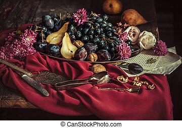 tazón, granate, fruta, contra, uvas, mantel, ciruelas