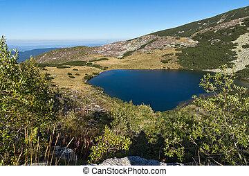 Yonchevo lake, Rila Mountain - Amazing Landscape of Yonchevo...