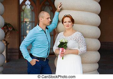 Beautiful bride and groom. Just merried. - wedding copule....