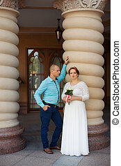 Beautiful bride and groom Just merried - wedding copule...