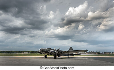 American World War Two Bomber Vintage Aircraft - American...