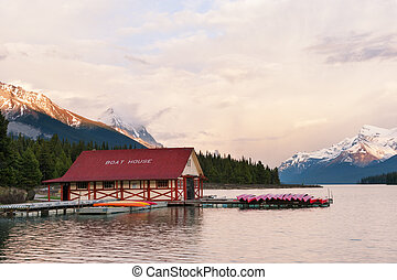 Maligne lake in the Rockies