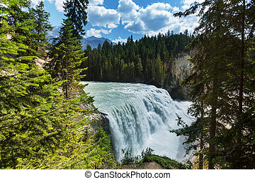 Wapta falls - Wapta Falls in Yoho National Park in British...