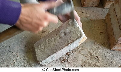 Bricks for reuse - Cleaning bricks for reuse