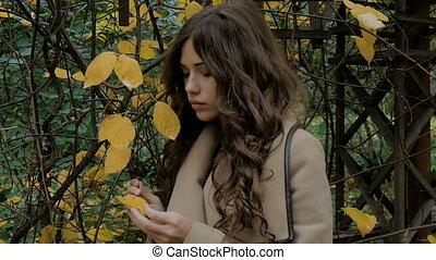 Beautiful girl, sad mood, autumn park. - Beautiful girl, sad...