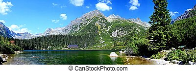Popradske pleso lake - Panorama of glacial lake Popradske...
