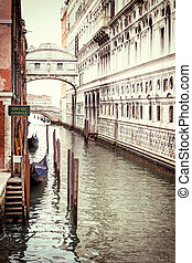 Vintage photo of the Bridge of Sighs in Venice - Photo of...