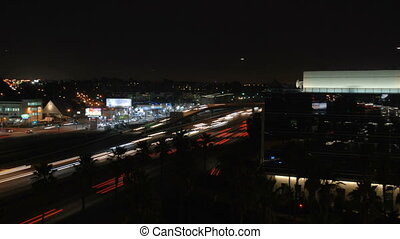 HH405-Timelapse - This is a very dynamic night time traffic...