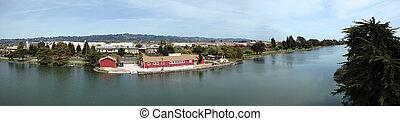 Berkeley Aquatic Park Panoramic - Berkeley Aquatic Park...