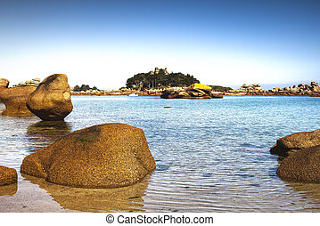 Ploumanach, rock and bay beach. Toned. Brittany, France. -...