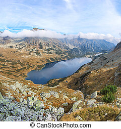 Autumn landscape of Tatras mountains - stunning view over...