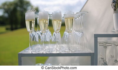 Wineglasses with nitrogen champagne