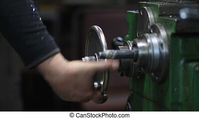 Hand steering adjustable wheel on lathe machine - Hand...