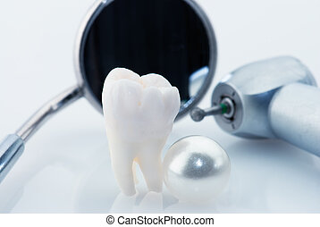 Healthy teeth concept Real human wisdom tooth natural pearl...