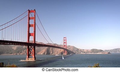 Golden Gate Bridge View - View of the Golden Gate Bridge in...