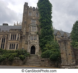 The National Cathedral - The Cathedral Church of Saint Peter...