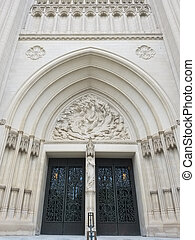The National Cathedral portal - The portal of the Cathedral...
