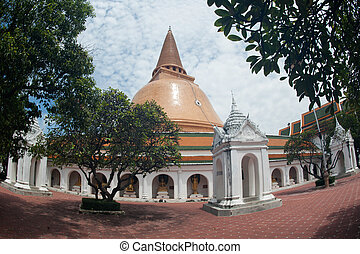 Phra Pathom Chedi in Thailand. - Phra Pathom Chedi is the...
