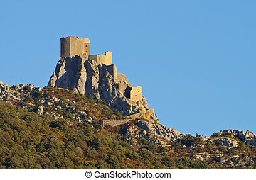 castle Queribus in France - cathare castle Queribus in...