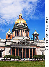 St. Isaac\'s Cathedral (Isaakevsky Sobor) in St. Petersburg...