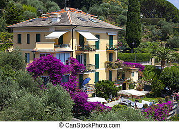 italian house nearby portofino