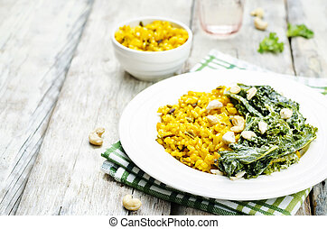 Turmeric rice with coconut Kale and cashew. toning....