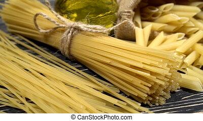 Italian pasta ingredients - Italian spaghetti, Italian pasta...