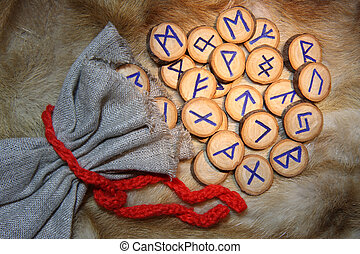 Runes with pouch on the fur
