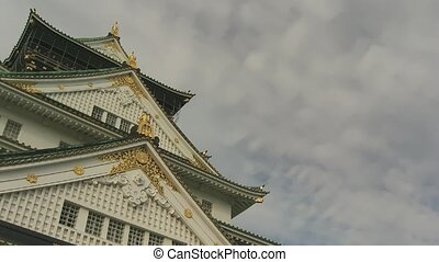 Time lapse castle - Time lapse clouds over famous Osaka...