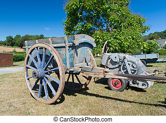Old French farmers trailer