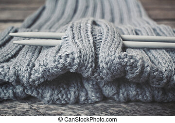 Knitwear with needles