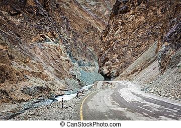 Srinagar Leh national highway NH-1 in Himalayas. Ladakh,...