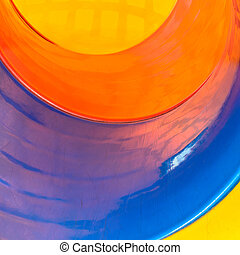 render concentric pipes in multiple colors